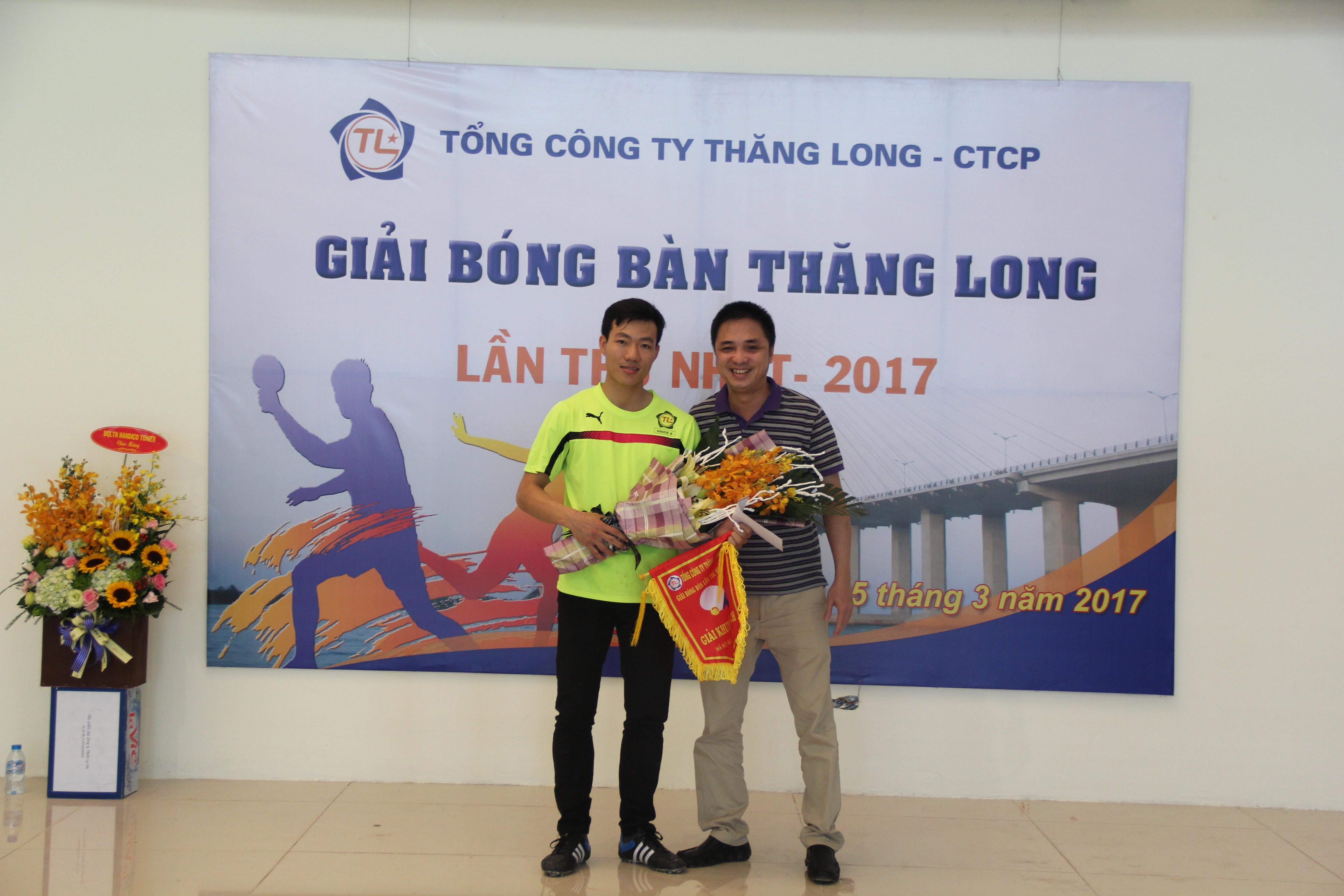 Giải bóng bàn Thăng Long lần thứ nhất.