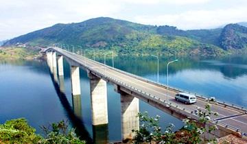Cầu Pá Uôn – Sơn La (Đã tích nước)